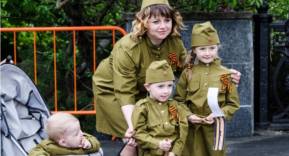 это картинки с военными детьми этого