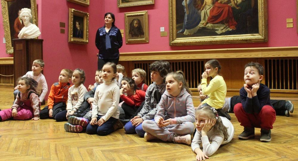В России утверждён перечень произведений для «Культурных нормативов школьников»