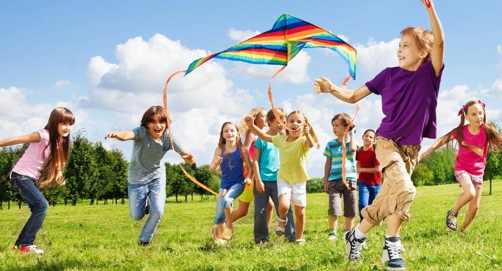 В летних лагерях в этом году отдохнет не более трети школьников ...