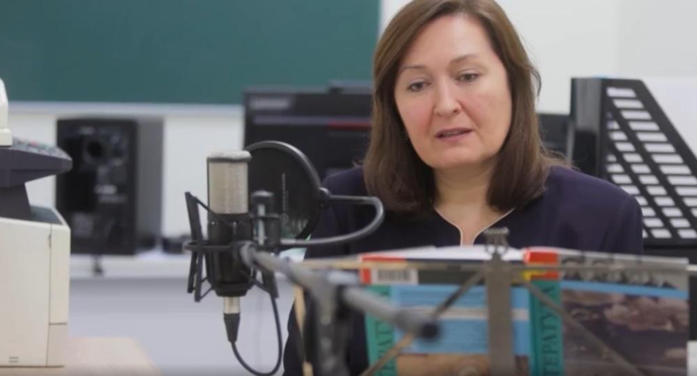 YouTube-канал учителя школы № 2120 набрал 9 млн просмотров