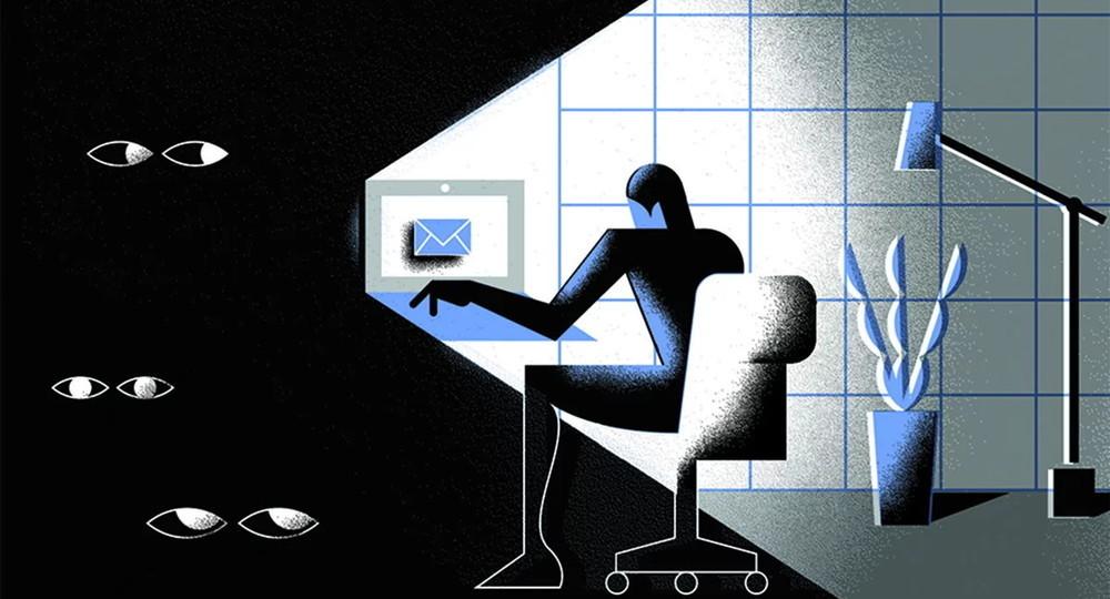 Владимир Путин заявил об угрозе разрушения общества из-за интернета