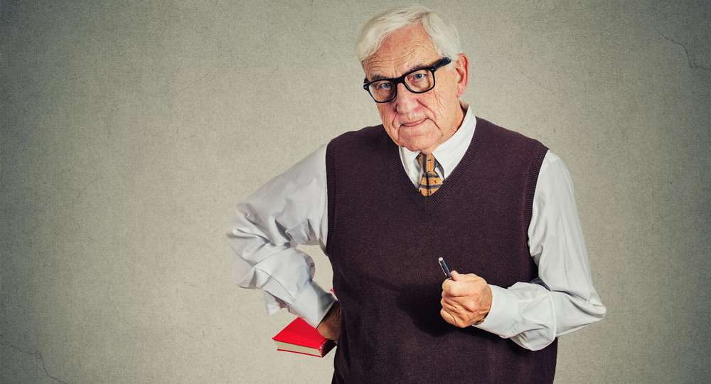 Мишустин упростил досрочный выход на пенсию учителей