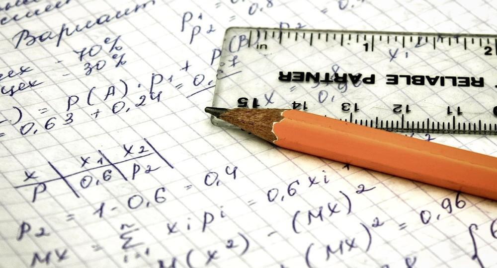 Анзор Музаев: В школах стоит ограничить число проверочных работ