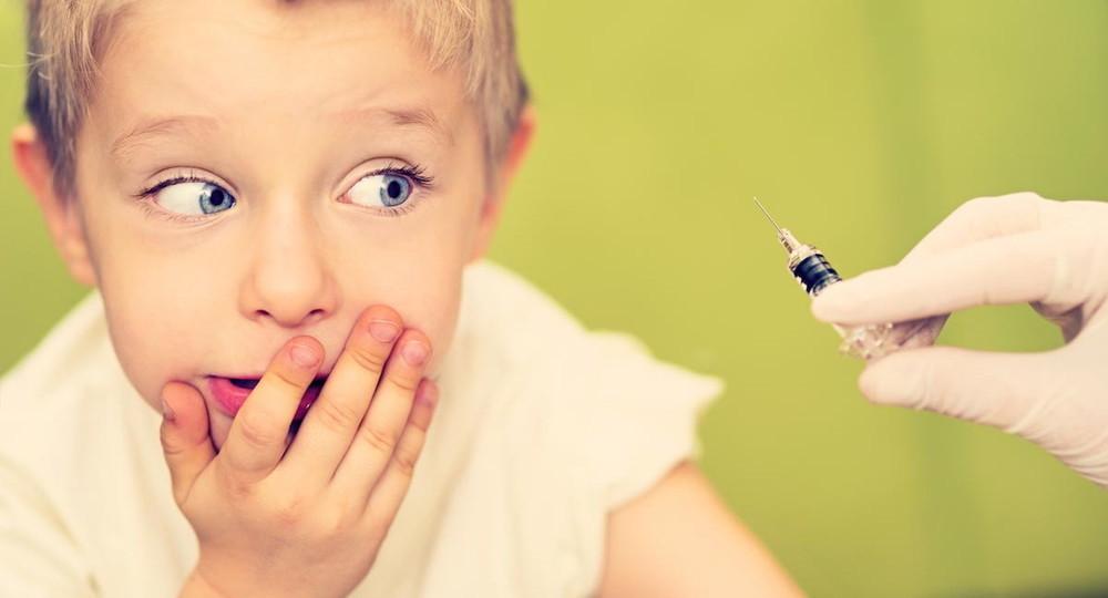 Спутником лайт могут прививать детей
