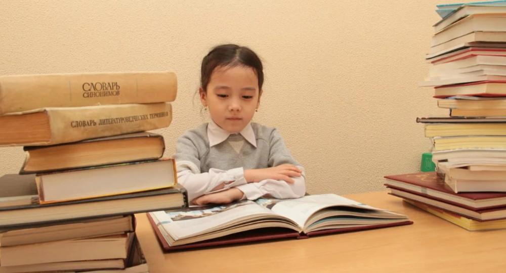 Министерство образования Казахстана опровергло слухи о запрете изучения русского языка с 2023 года