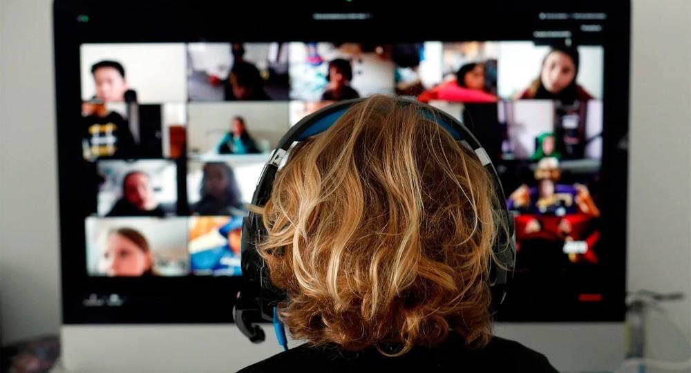 Zoom отключает российские государственные компании от своей видеосвязи