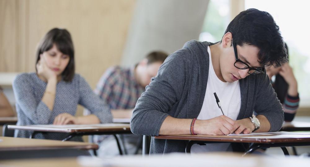 В Госдуму внесли законопроект об отмене обязательной ГИА для девятиклассников