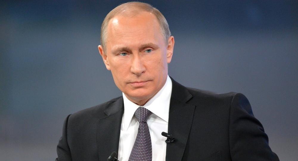 Путин объявил выходными дни с 1 по 10 мая