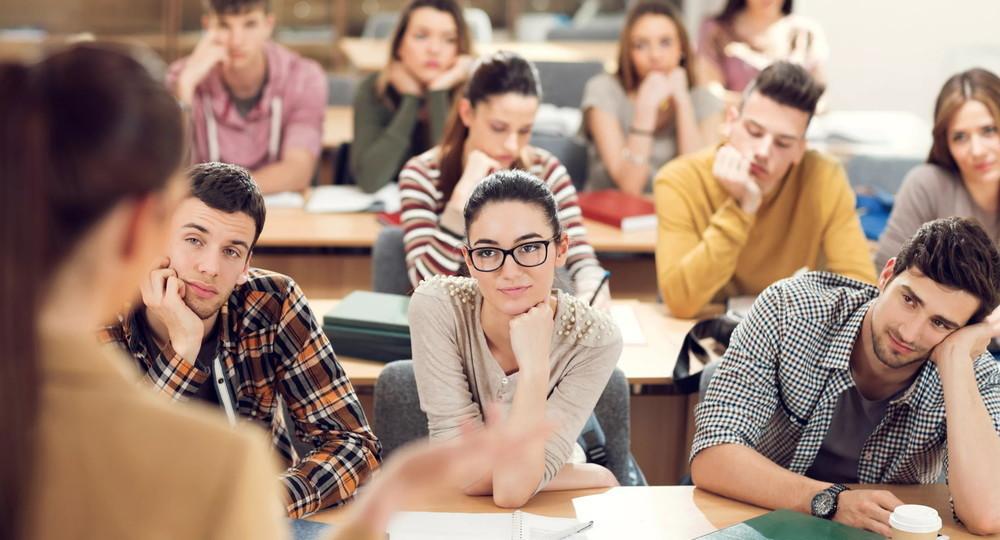Студентов вузов отпустят на дополнительные каникулы с 1 по 10 мая