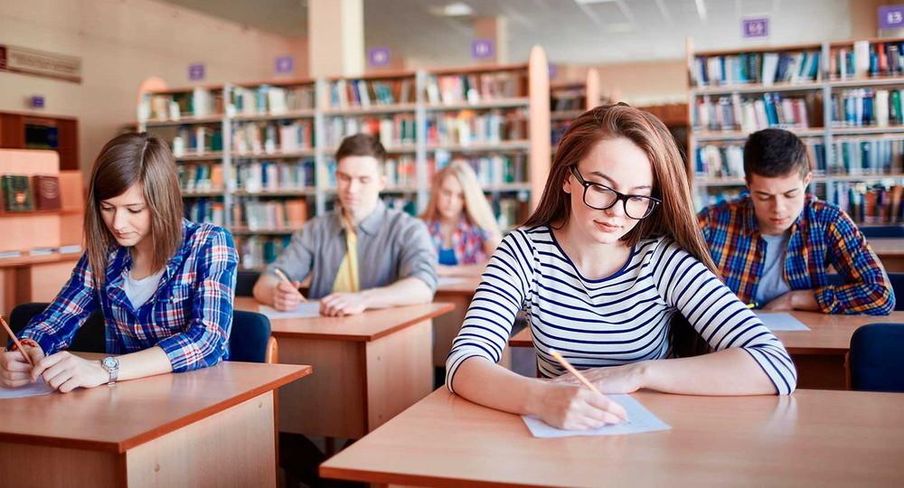 Почти 1,3 миллиона девятиклассников напишут контрольные работы 18–21 мая