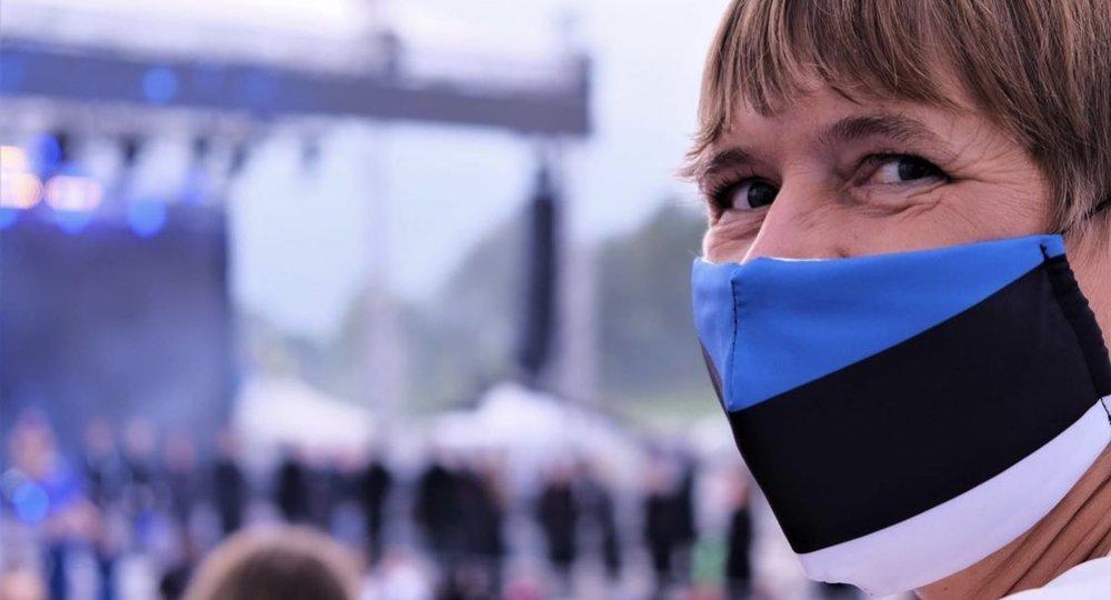 В Таллине возле школ появятся контейнеры для сбора одноразовых масок