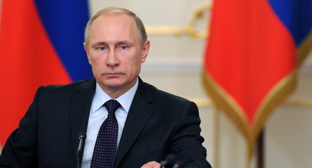 Владимир Путин надеется, что учебный год в начальных классах начнется в очном формате