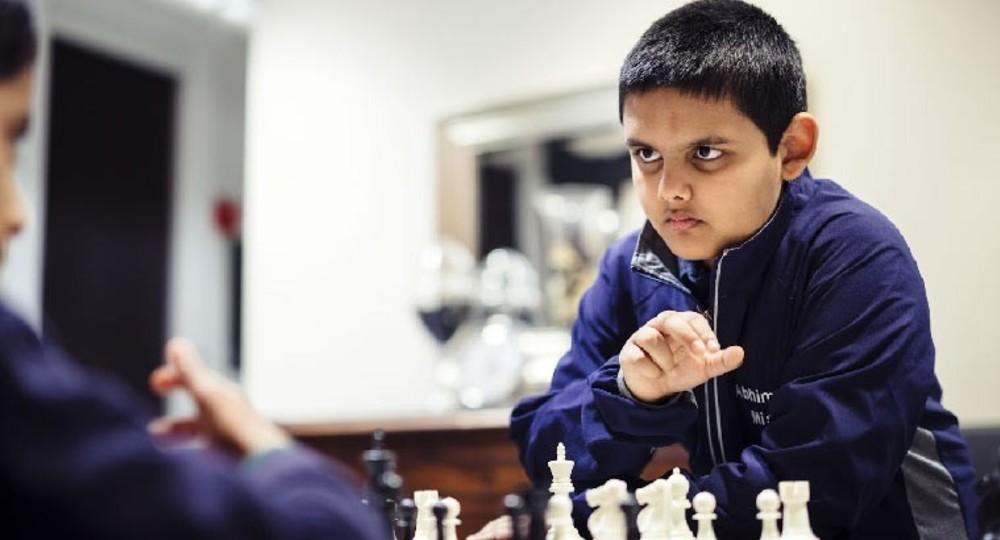 Самым молодым гроссмейстером в истории шахмат стал 12-летний мальчик из Нью-Джерси