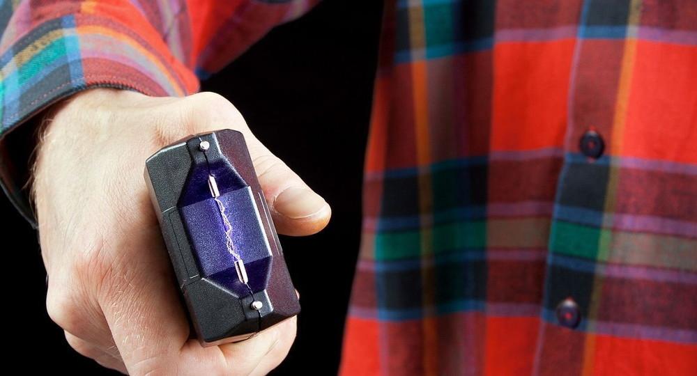 В американской школе разрешили легально использовать электрошок на учениках