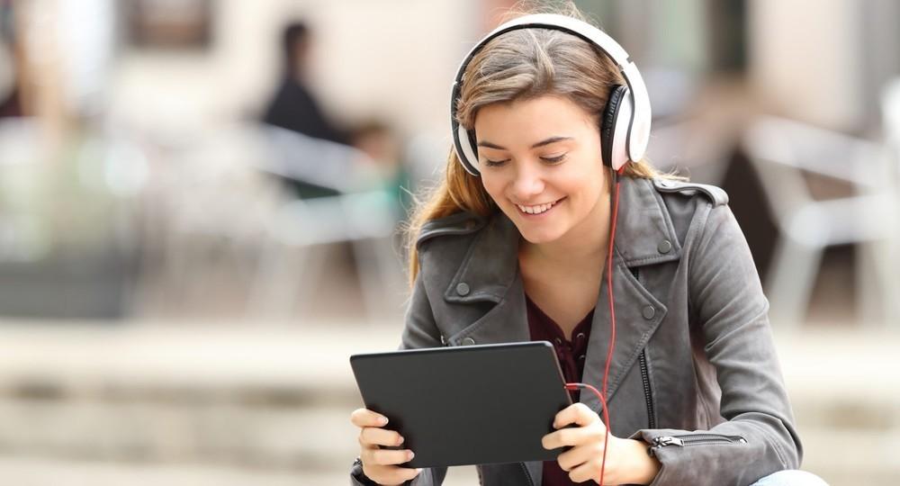 Выпускники, сдавшие ЕГЭ на «отлично», могут получить бесплатную подписку на Яндекс Плюс